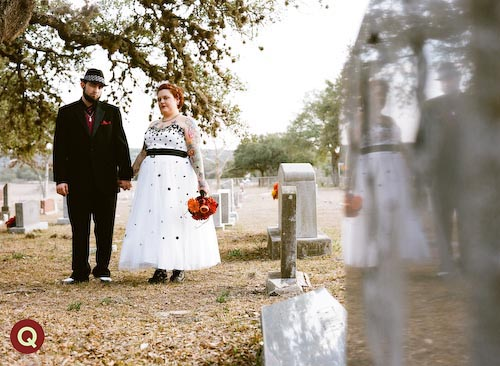 Cemetary wedding in Austin
