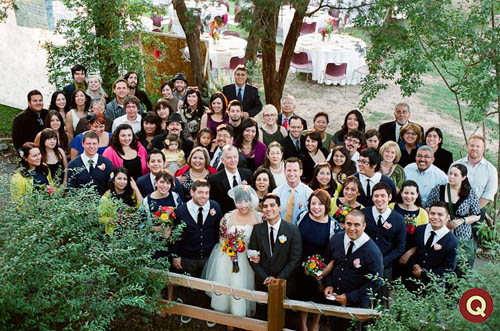 QWeddings_big_group_shot_288