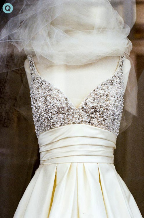 Pretty Wedding Gowns From Far And Near