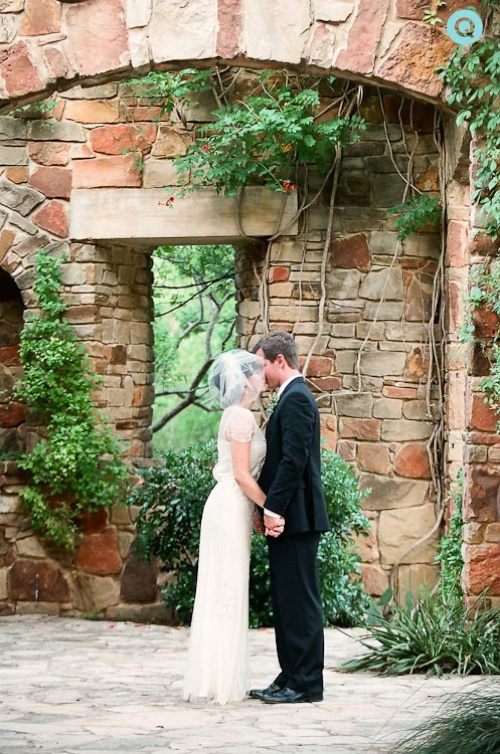 bride groom Wildflower Center tm Ladybird Johnson Wildflower Center wedding photography