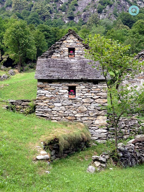 Stone-House-Switzerland