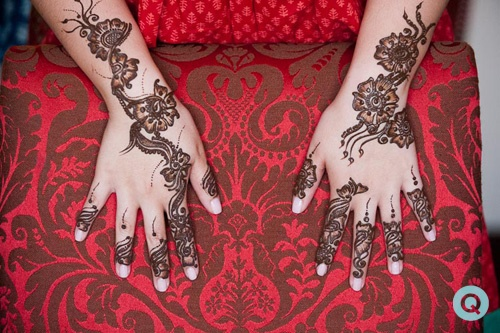 henna mehndi Houston tm white and gold wedding on Offbeat Bride