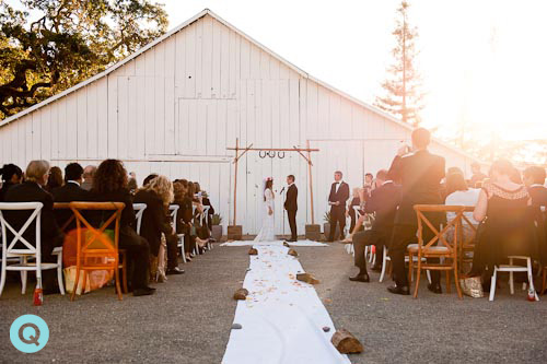 wedding-ceremony-old-barn
