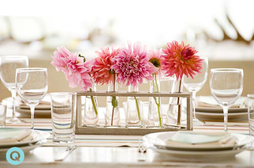 wedding-decor-pink-zinnias